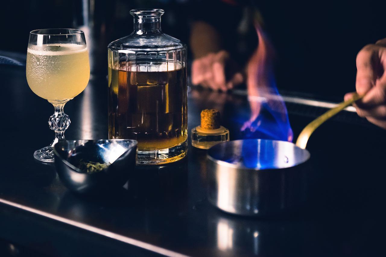 MUD Cocktail Bar amba Zhongshan Taipei