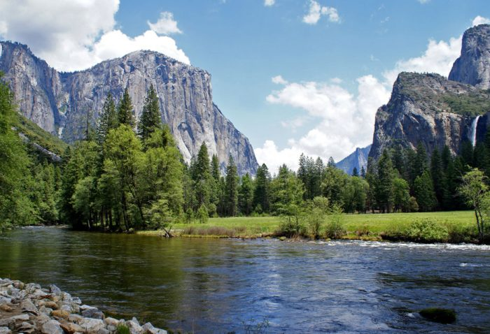 From San Francisco: Yosemite Lodge 2-Day National Park Tour