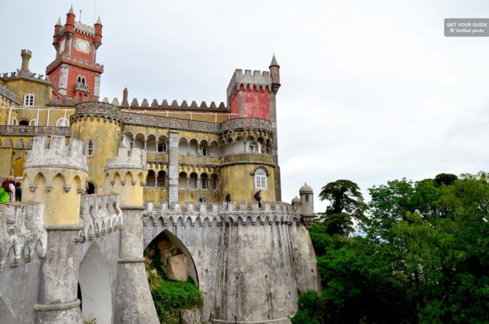 Sintra, Cabo da Roca & Cascais: Full-Day Tour from Lisbon