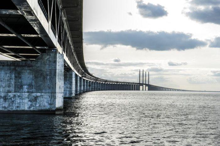 Experience Denmark and Sweden on a 6-Hour Malmö Tour
