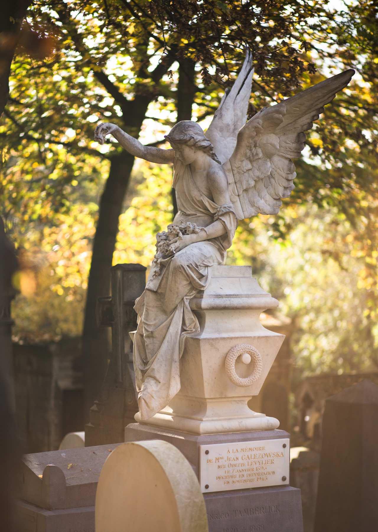 Père Lachaise Cemetery   Photo: Fabrice Nerfin
