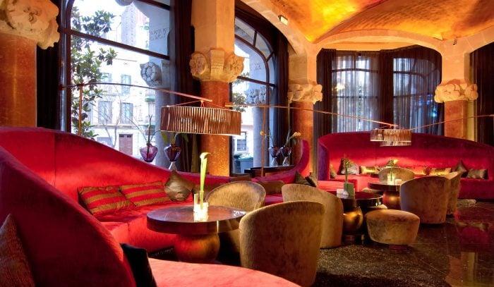 Striking Hotel Bars in Europe