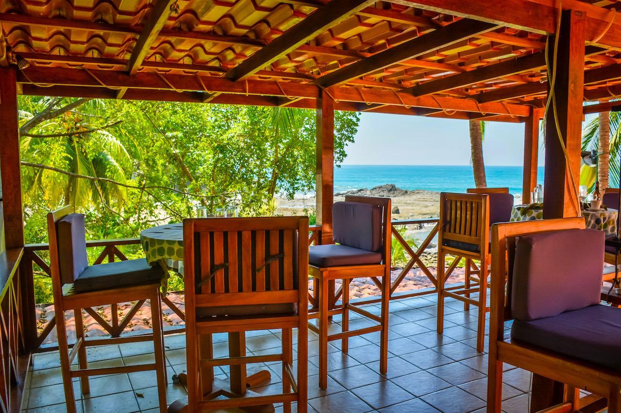 PorQueNo Restaurant Dominical Costa Rica