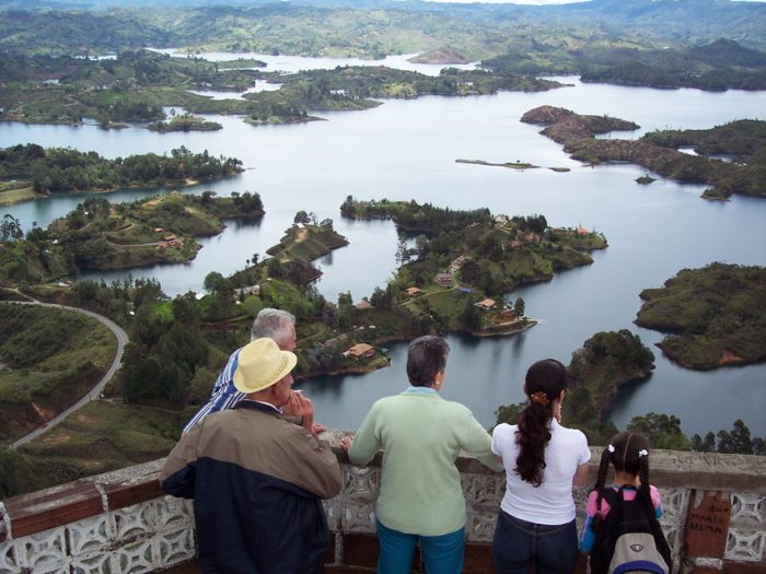 From Medellín: Guatapé, Piedra del Peñol and Boat Tour