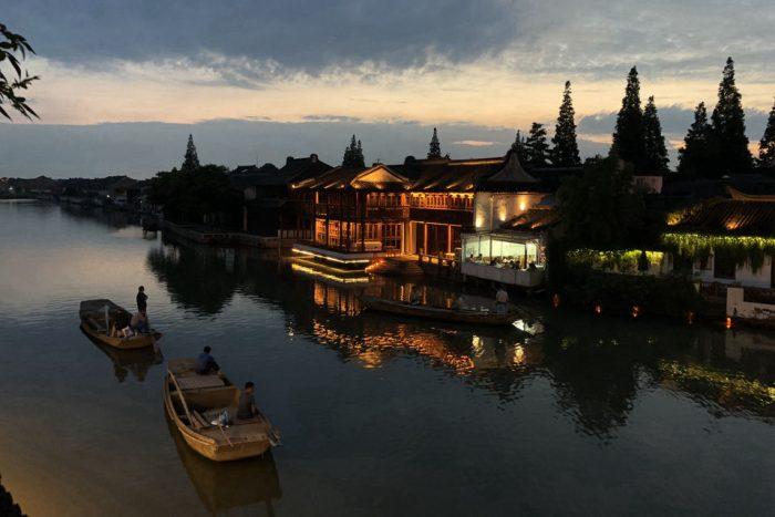 Zhujiajiao: Water Town Half Day Tour with Boat Ride