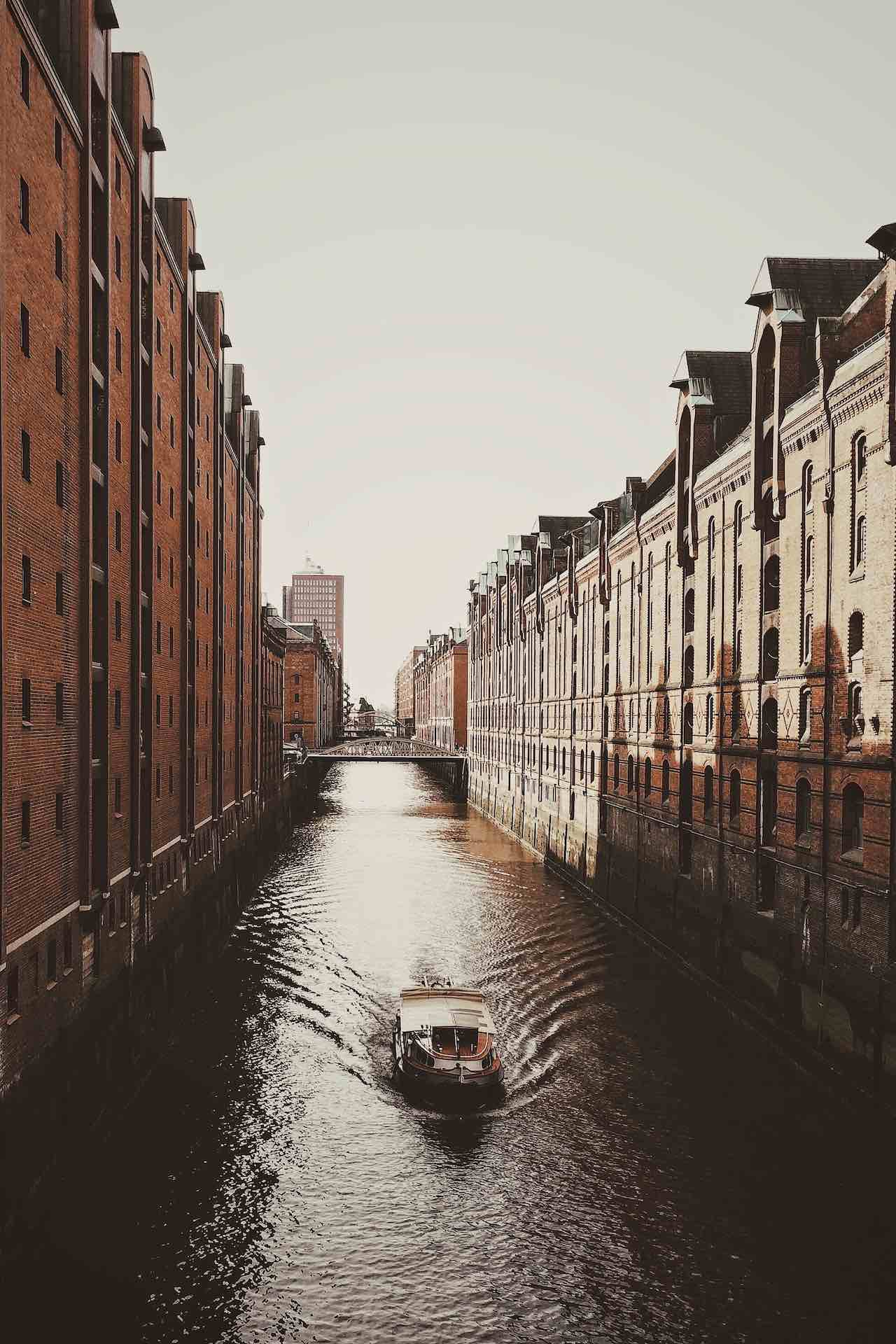 HafenCity |Photo: Roman Kraft