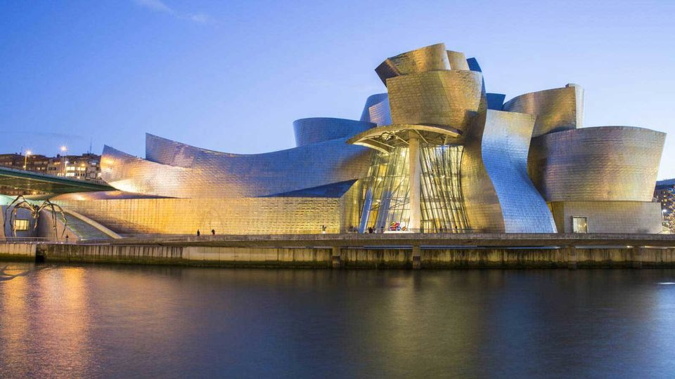 Guggenheim Museum Bilbao Inside and Outside Guided Tour