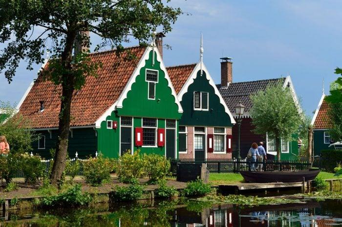 Volendam, Edam, and Windmills Tour from Amsterdam