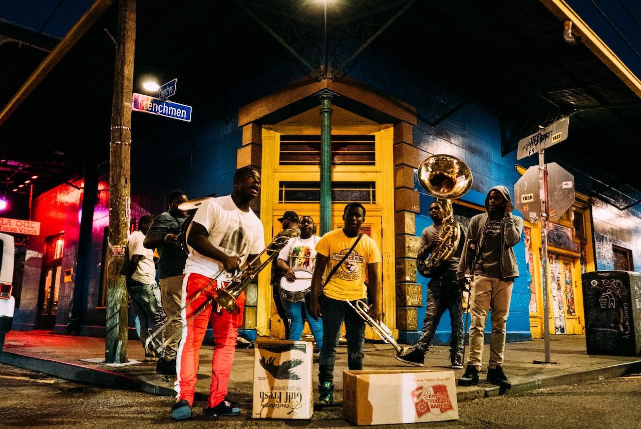 Frenchmen Street  Photo: Robson Hatsukami Morgan