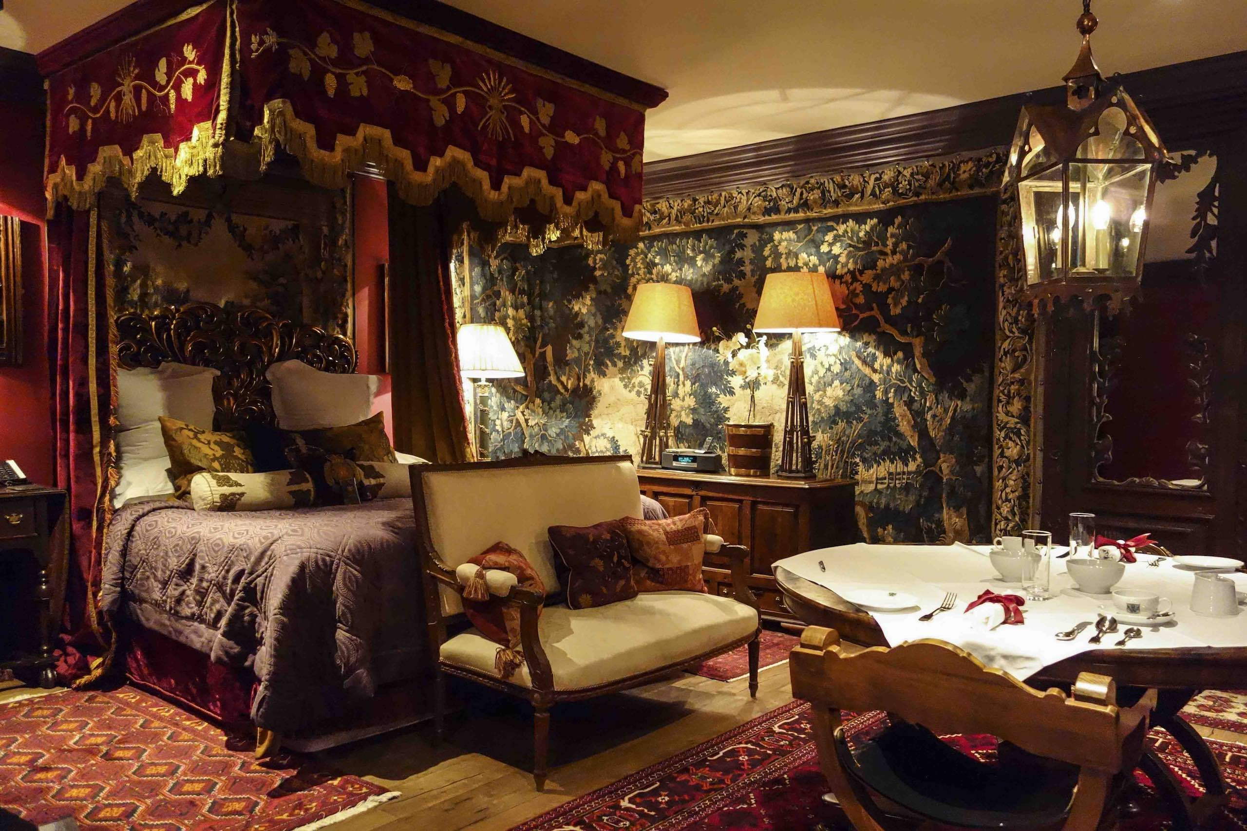 The Witchery by the Castle Edinburgh Turret Suite