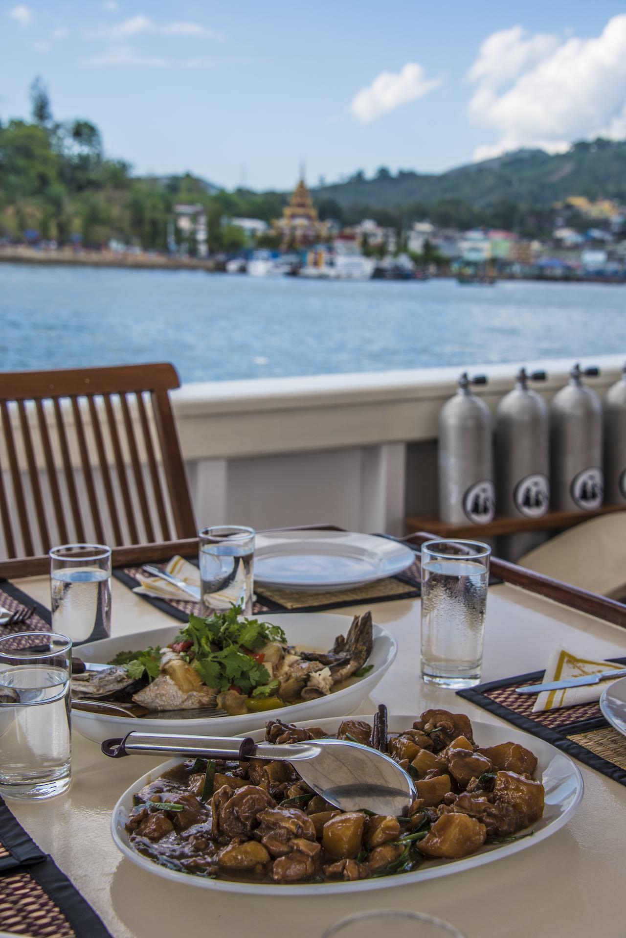 SY Raja Laut Yacht Dining