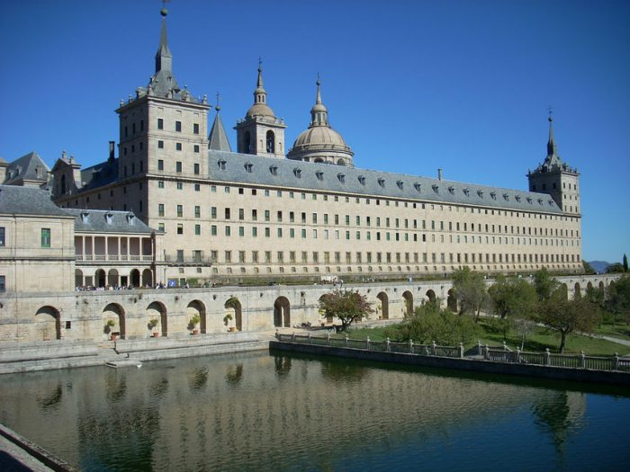 El Escorial & Basilica of the Valley 5-Hour Guided Tour