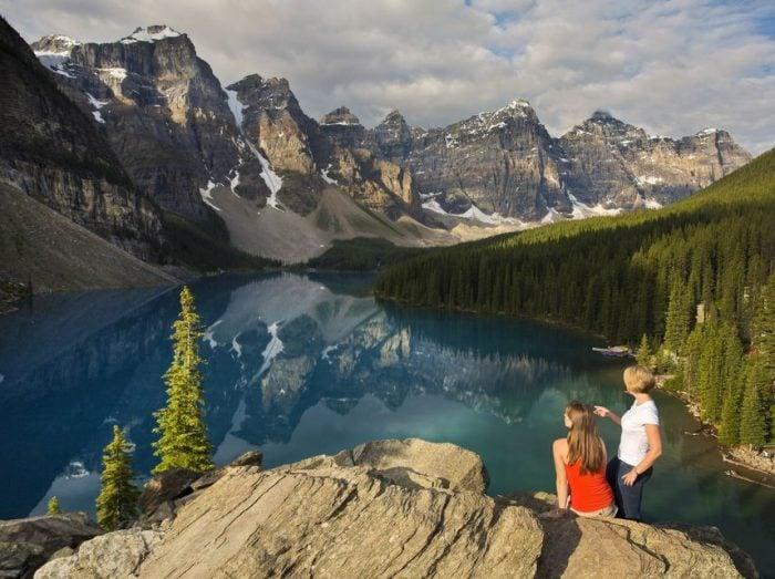 Banff to Jasper: One-Way Tour