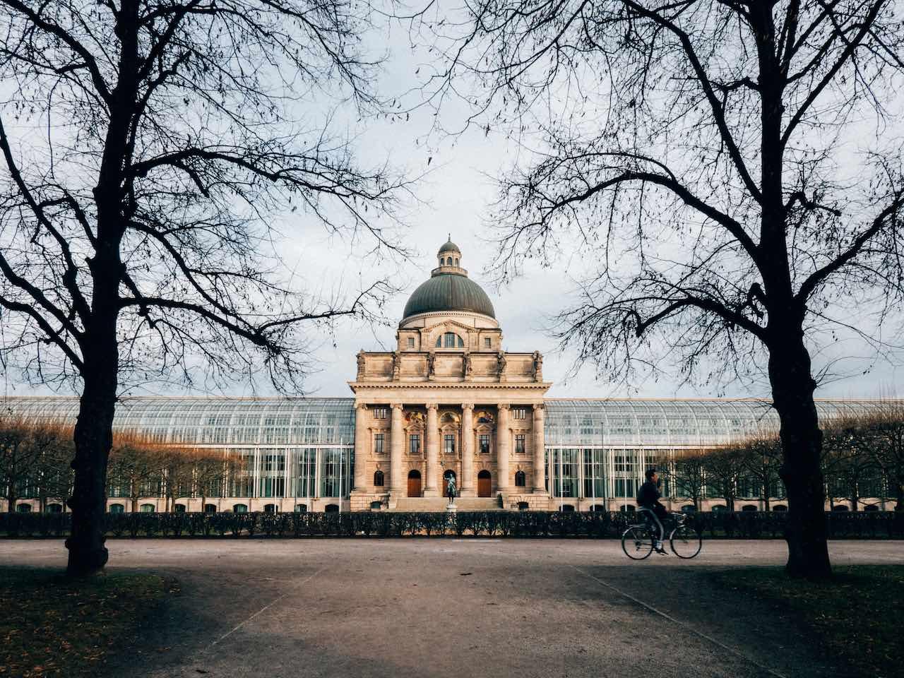 Bayerische Staatskanzlei | Photo: Alain Wong