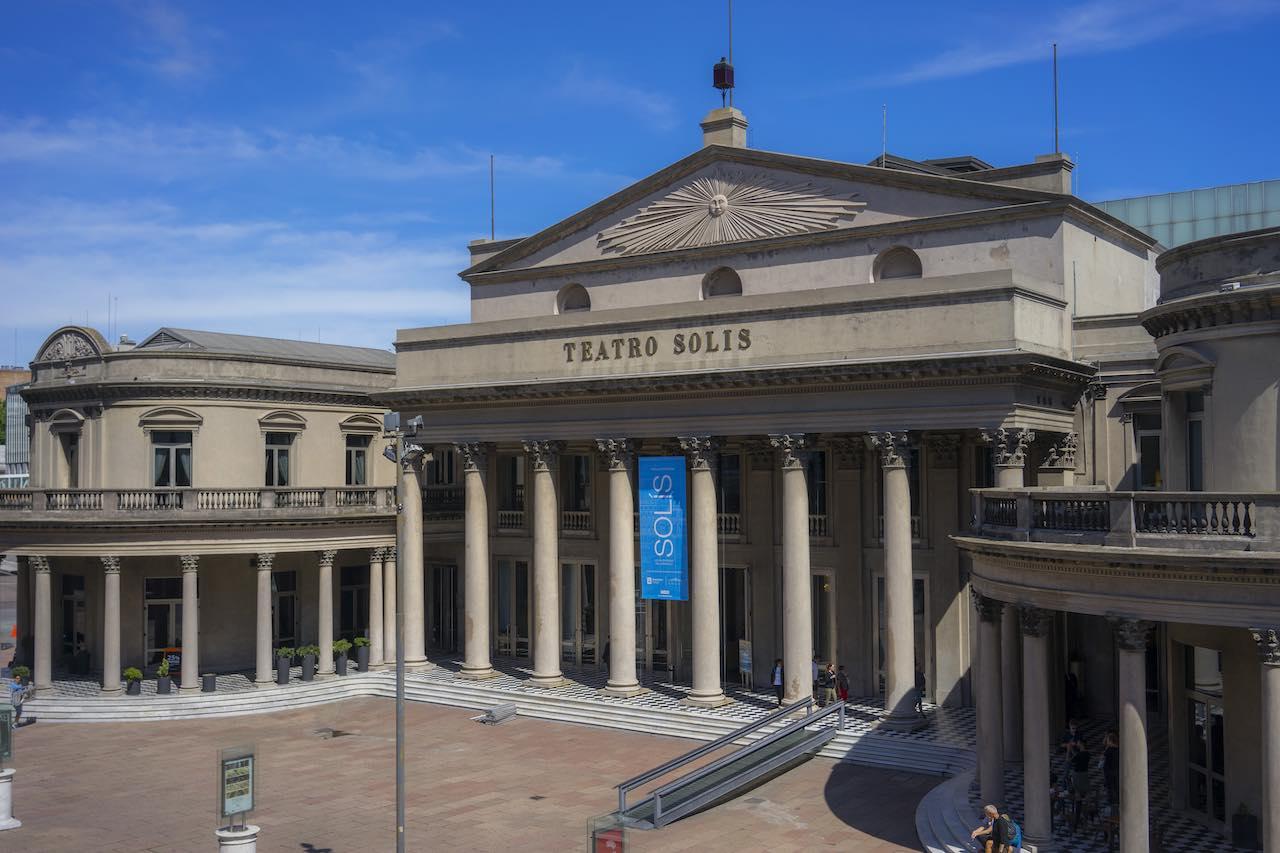 Teatro Solís | Photo: Santiago Bouzas