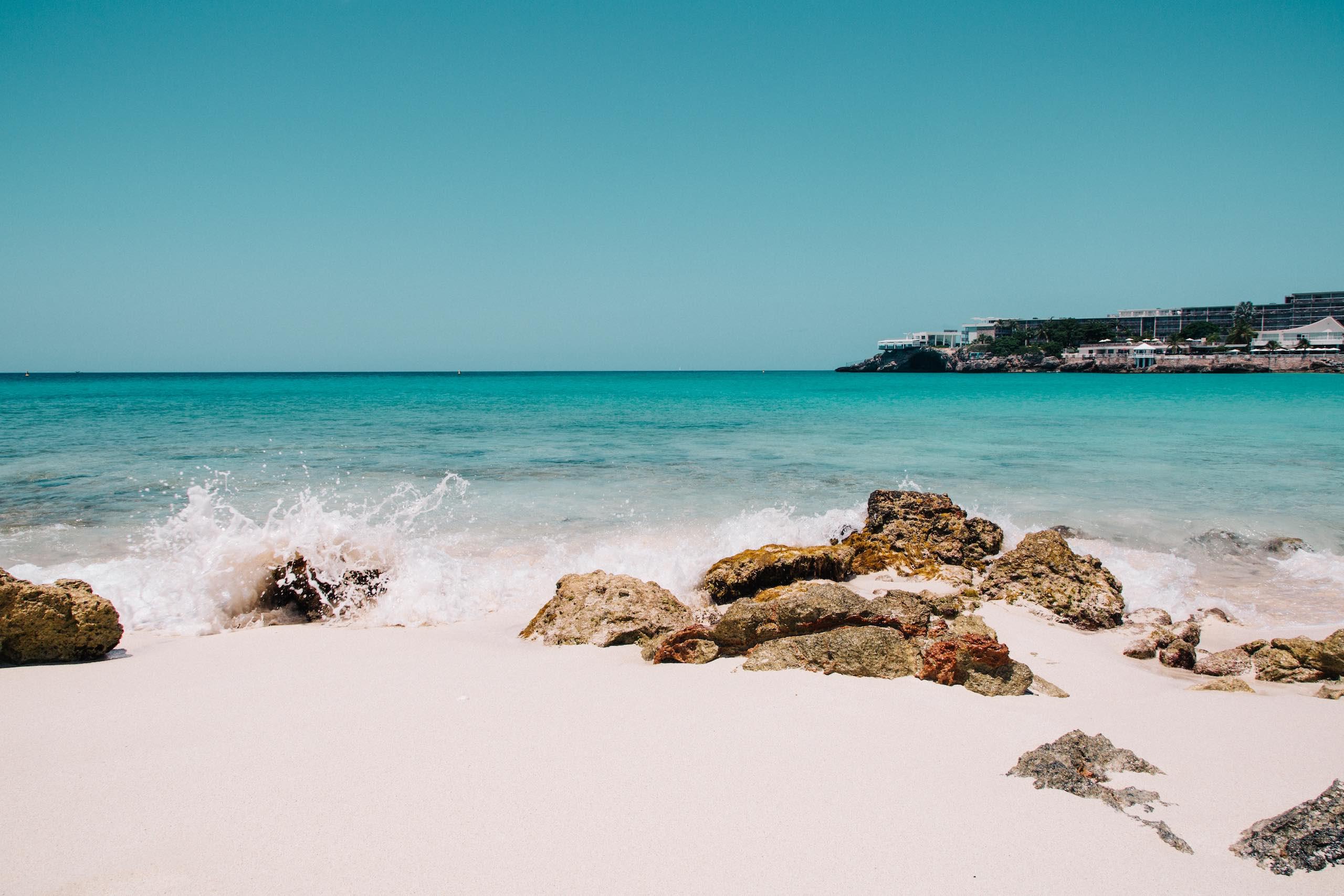 Sint Maarten, Maho beach