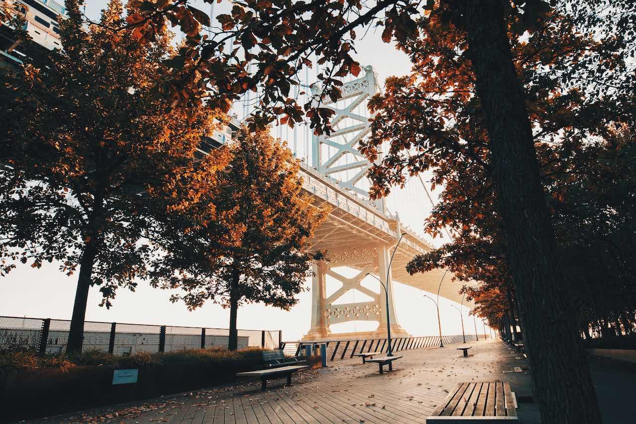 Benjamin Franklin Bridge | Photo: Devon Wellesley