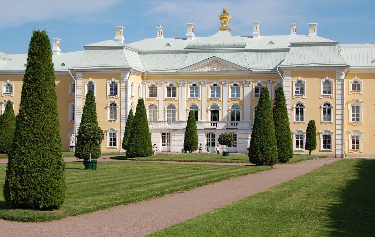 Peterhof Palace | Photo: Igor Schubin